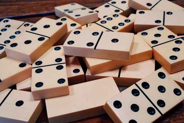 addiction deck dominoes gambling